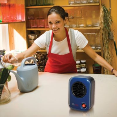Lasko, MyHeat™ Personal Heater – Blue, Model 102, florist