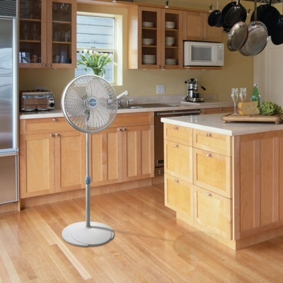 lasko 16″ Performance Pedestal Fan model 2526 in kitchen
