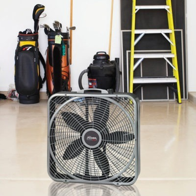 "lasko 20"" Power Plus Box Fan model b20540 in garage"