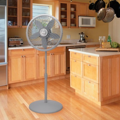 lasko 18″ Adjustable Cyclone® Pedestal Fan model S18900 in kitchen