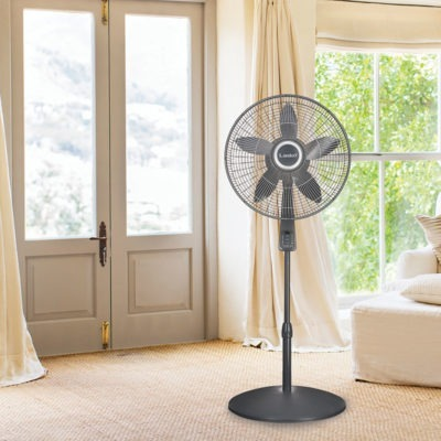 Lasko 18″ Pedestal Fan with Remote Oscillation and Thermostat model s18965 in bedroom